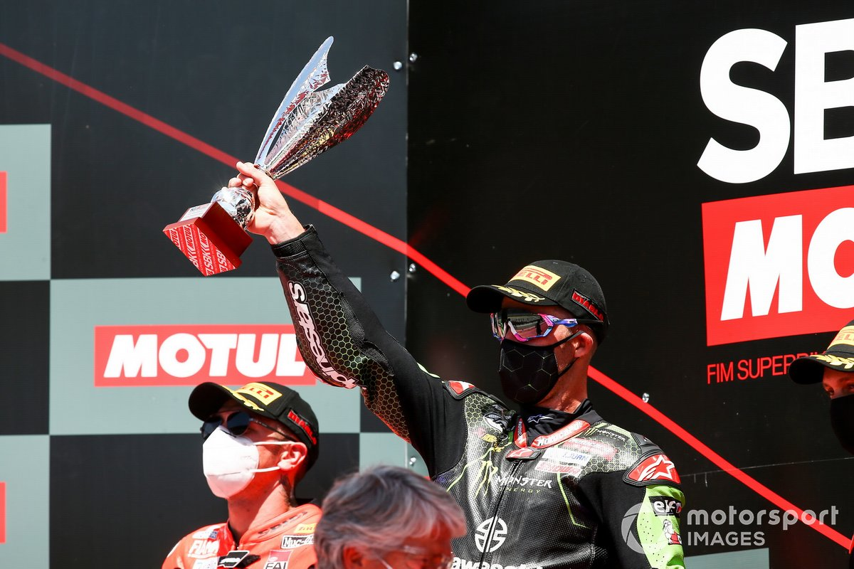 1. Jonathan Rea, Kawasaki Racing Team, 2. Scott Redding, Aruba.it Racing Ducati
