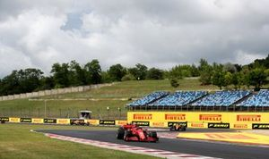 Charles Leclerc, Ferrari SF1000, Carlos Sainz Jr., McLaren MCL35 and Lando Norris, McLaren MCL35