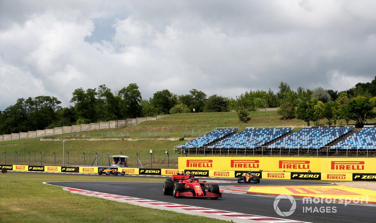 Charles Leclerc, Ferrari SF1000, Carlos Sainz Jr., McLaren MCL35, Lando Norris, McLaren MCL35