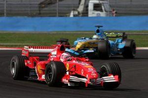 Rubens Barrichello, Ferrari F2005 Giancarlo Fisichella, Renault R25