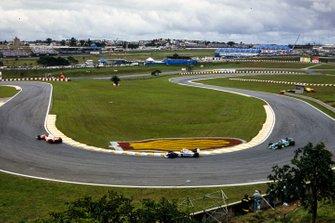 Martin Brundle, McLaren MP4-9 Peugeot, Ayrton Senna, Williams FW16 Renault, y Michael Schumacher, Benetton B194 Ford