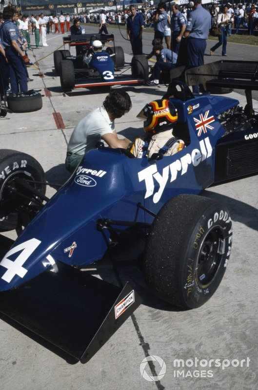 Stefan Bellof, Tyrrell 012 Ford, with Martin Brundle
