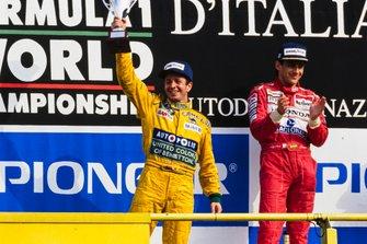 Martin Brundle, Benetton, con Ayrton Senna, McLaren