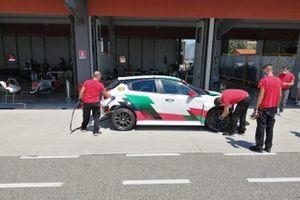 Michela Cerruti, Romeo Ferraris, Alfa Romeo Giulietta Veloce TCR