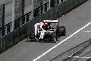 Kimi Raikkonen, Alfa Romeo Racing C39 opgave