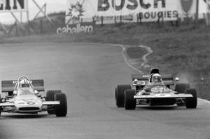 Denny Hulme, McLaren M19A Ford, Jackie Stewart, Tyrrell 003 Ford