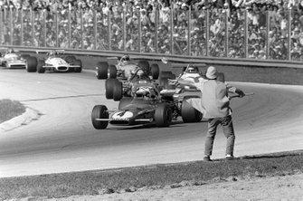 Clay Regazzoni, Ferrari 312B voor Jackie Stewart, March 701 Ford en Jackie Oliver, BRM P153