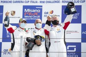 Podio: Piergiacomo Randazzo, AB Racing, Marco Galassi, Team Malucelli e Diego Locanto, SVC Sport Management