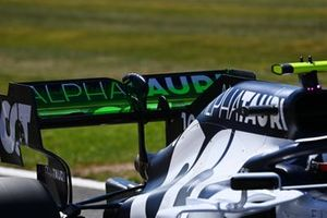 Flowviz paint on the rear wing of Pierre Gasly, AlphaTauri AT01