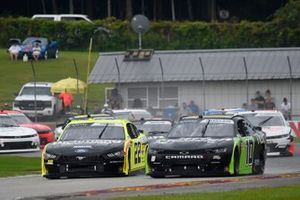 Ross Chastain, Kaulig Racing, Chevrolet Camaro Nutrien Ag Solutions, Austin Cindric, Team Penske, Ford Mustang Menards / Richmond