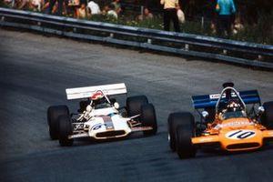 Jackie Oliver, McLaren M19A, Helmut Marko, BRM P153