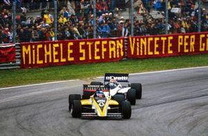Patrick Tambay, Renault RE60, devant Nelson Piquet, Brabham BT54 BMW