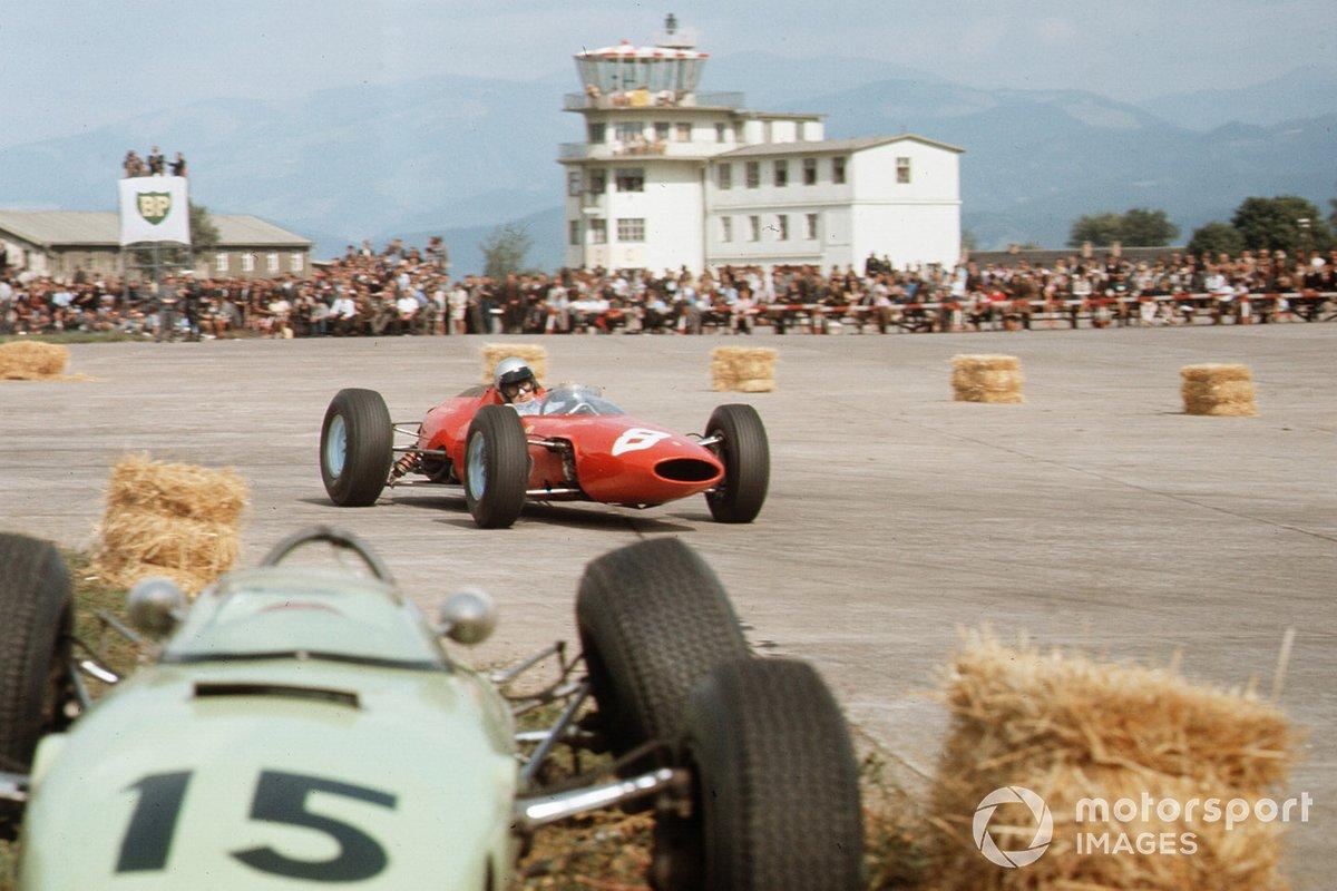 Никто в Формуле 1 не выразил желания возвращаться на авиабазу «Асперн» и снова гробить там технику. До 1967 года в Цельтвеге проходили соревнования рангом пониже, а потом прекратились и они