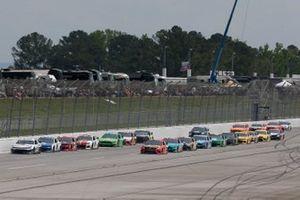 Martin Truex Jr., Joe Gibbs Racing, Toyota Camry Bass Pro Shops Ty Dillon, Germain Racing, Chevrolet Camaro GEICO