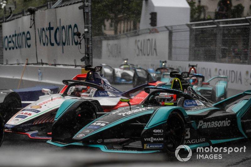 Jérôme d'Ambrosio, Mahindra Racing, M5 Electro, ruota a ruota con Alex Lynn, Panasonic Jaguar Racing, Jaguar I-Type 3