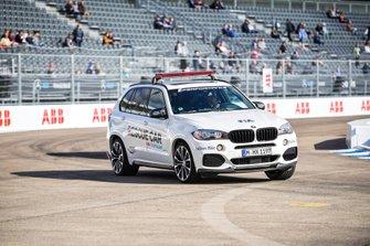 FIA course car