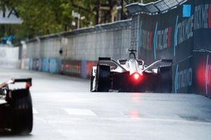 Jose Maria Lopez, GEOX Dragon Racing, Penske EV-3, dans la zone d'activation du mode attaque