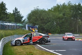 Niels Langeveld, Comtoyou Team Audi Sport Audi RS 3 LMS na de crash