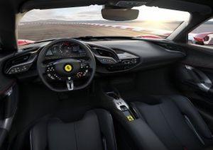 Ferrari SF90 Stradale, dettaglio dell'abitacolo