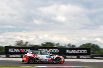 Rob Huff, SLR VW Motorsport Volkswagen Golf GTI TCR