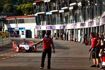 Pascal Wehrlein, Mahindra Racing, M5 Electro dans la voie des stands