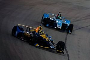 Zach Veach, Andretti Autosport Honda spins in turn three
