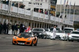 A Lotus Elise 250 Cup is demonstrated