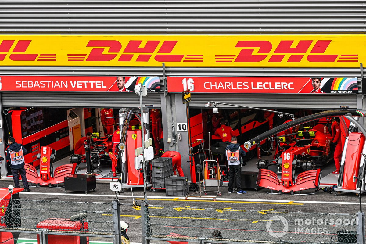 Il garage Ferrari