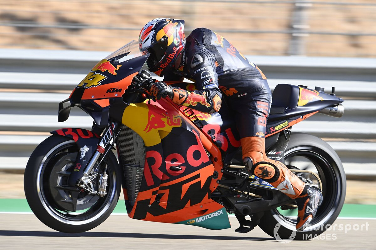 Pol Espargaro, Red Bull KTM Factory Racing, practice start