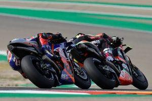 Miguel Oliveira, Red Bull KTM Tech 3, Aleix Espargaro, Aprilia Racing Team Gresini
