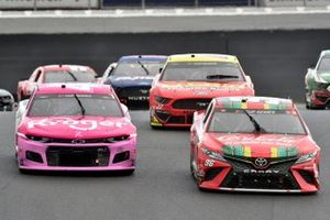 Daniel Suarez, Gaunt Brothers Racing, Toyota Camry Coca-Cola, Ricky Stenhouse Jr., JTG Daugherty Racing, Chevrolet Camaro Kroger