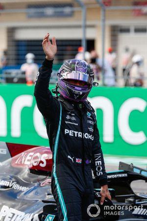 Lewis Hamilton, Mercedes, en el Parc Ferme tras la clasificación