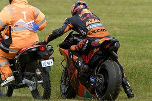 Sturz: Bradley Smith, Red Bull KTM Factory Racing