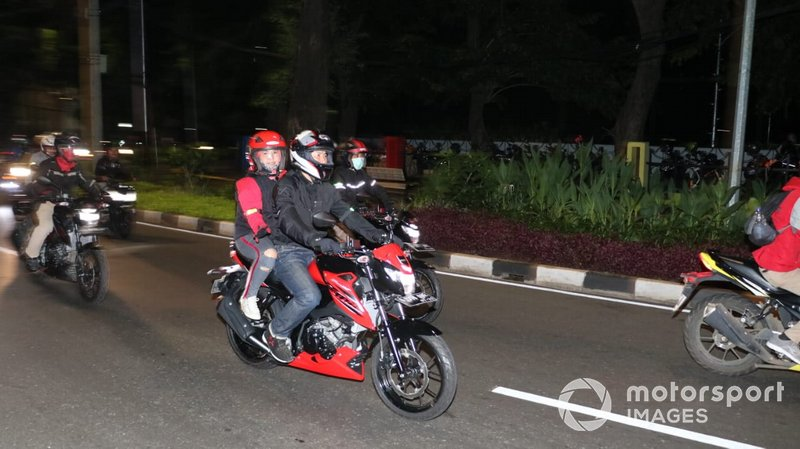 Suzuki Special Day - Saturday Night Riding