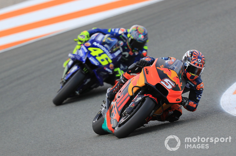Johann Zarco (Red Bull KTM Factory Racing), Valentino Rossi (Yamaha Factory Racing)