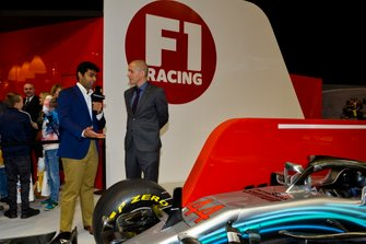 Karun Chandhok and Stuart Codling at the F1 Racing Stand
