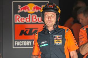 Les techniciens Red Bull KTM Factory Racing