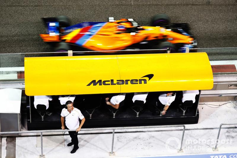 Как проехал уходящий из Формулы 1 Алонсо?