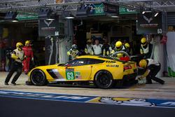 №63 Corvette Racing Corvette C7.R: Ян Магнуссен, Антонио Гарсия, Джордан Тейлор