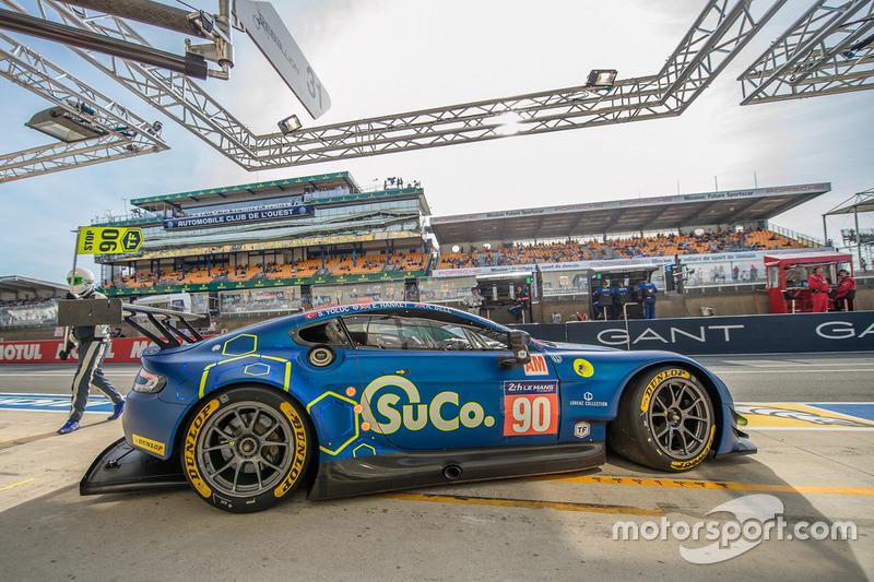 №90 TF Sport Aston Martin Vantage GTE: Салих Йолик, Юэн Хэнки, Роб Белл