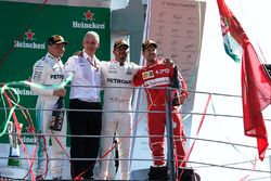 Podium: 1. Lewis Hamilton, Mercedes AMG F1, 2. Valtteri Bottas, Mercedes AMG F1, 3. Sebastian Vettel