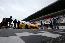 Francesca Linpssi, Dinamic Motorsport, sulla griglia di partenza