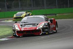 #488 Spirit of Race Ferrari 488 GT3: Miguel Ramos, Mikkel Mac