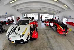 #70 Scuderia Corsa - Ferrari of Silicon Valley: Cooper Macneil, #7 Scuderia Corsa - Ferrari of Silic