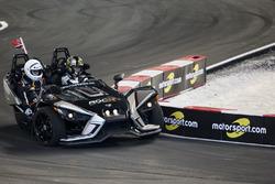 Petter Solberg, conduce el Polaris Slingshot SLR