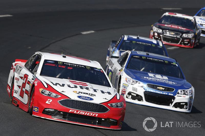 Brad Keselowski, Team Penske Ford Dale Earnhardt Jr., Hendrick Motorsports Chevrolet