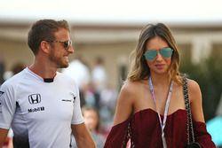Jenson Button, McLaren mit seiner Freundin Brittny Ward