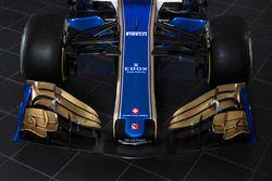 Sauber C36, detalle alerón delantero