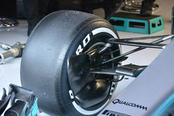 Mercedes AMG F1 W08 detalle del conducto de freno delantero