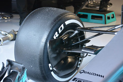Mercedes AMG F1 W08 front brake duct detail
